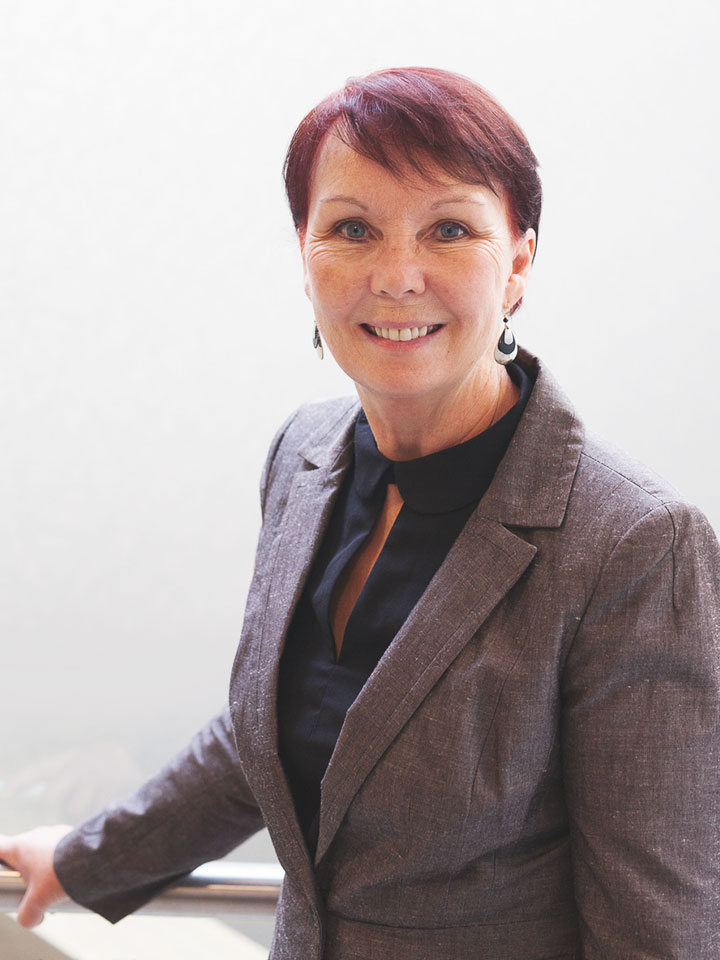Donna Oliver - Yellowknife Lawyer